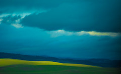 Layers of Colors (ronniegoyette) Tags: 2016 northcoast pasorobles clouds hills droh dailyrayofhope