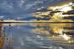 Lake at dusk (gerard eder) Tags: landscape landschaft paisajes lake lago see sunset spiegelung sonnenuntergang reflections clouds wasser water lakefront world travel reise viajes europa europe espaa spain spanien valencia albufera albuferalake