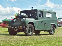 239 Austin Gipsy  Ser.II (1967 (robertknight16) Tags: austin british 1960s bmc gipsy mudlark landrover 4wd 4x4 suv luton nhv198e