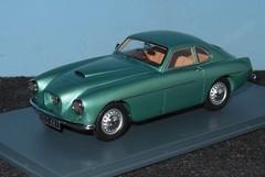 BRISTOL 404 - 1/43 (xavnco2) Tags: modlesrduits autos automobile classic car model models neo bristol 404 verte green 143 scale