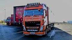 M. Way. W40 WAY. Amy L. Grace. (Drive-By Photography) Tags: way w40way volvo fh500 truck lorry hgv kingslynn walkingfloor bulkhaulage