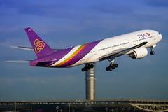 Boeing 777-2D7 | HS-TJA | Thai Airways International (Max Alpha X-ray) Tags: boeing bkk b777 boeing777 b772 boeing777200 b77e thaiairways thai tha thai777 thaiboeing thaib777 777 b777200 suvarnbhumi suvarnabhumiairport svb vtbs takeoff