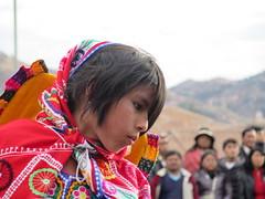 "Défilé d'enfants à Cusco <a style=""margin-left:10px; font-size:0.8em;"" href=""http://www.flickr.com/photos/83080376@N03/20760159750/"" target=""_blank"">@flickr</a>"