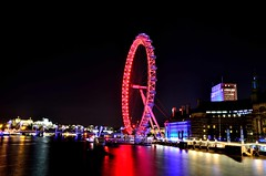 London by Night, Sept. 2015 (hansziel99) Tags: city longexposure greatbritain light summer england color london night nikon colours sommer tripod londoneye gb 2015 stativ nikoncapturenx2 nikond7000