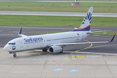 TC-SUV - 2001 build Boeing B737-86N, taxiing to gate on arrival at Dusseldorf (egcc) Tags: uv boeing dusseldorf b737 dus xq b737800 sxs b738 829 eddl 30807 sunexpress b737ng tcsuv b73786n 5bdbi n50089 sunexpresscom