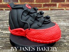 BASKETBALL (diaperkaren) Tags: chicago sports basketball cake boot 18th trainer sportsshoe redbulls