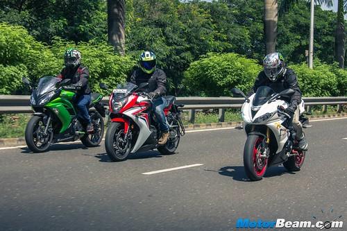 Ninja-650-vs-Honda-CBR650F-vs-Z800-vs-Triumph-Daytona-675-01