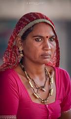 Femme  Pushkar (Rajasthan - Inde)  - Woman in Pushkar (Rajasthan - India) ( Jean-Yves JUGUET ) Tags: portrait india girl beauty face look festival photography eyes asia desert front camel pushkar hindu hinduism gypsy pilgrimage pilgrim inde frontview colorimage camelfair thardesert