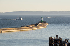 Sassnitz, view onto the lighthouse (unukorno) Tags: sassnitz lighthouse ships evening balticsea ostsee rgen