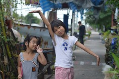 free as a bird (the foreign photographer - ) Tags: aug12015nikon two girls free bird arm thrust up khlong lard phrao portraits bangkhen bangkok thailand nikon d3200