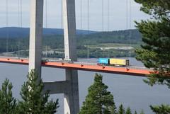 swedish mail on the road (helena.e) Tags: helenae semester vacation lga husbil motorhome norrland hgakusten hgakustenbron bro bridge