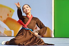 Welcome to Seoul! (Robert Borden) Tags: asia southkorea seoul travel dance festival celebration fan canon outdoors portrait woman women
