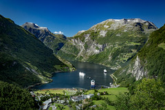 Flydalsjuvet View, Mre og Romsdal, Norge (North Face) Tags: norway norge norwegen fjord mountains mountain water ships landscape summer nature geiranger canon eos 5d mark iii 5d3 24105l cruise landschaft natur sommer