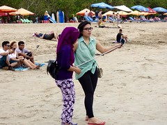Selfies . (Franc Le Blanc .) Tags: panasonic lumix indonesia bali kuta beach pantai people selfie