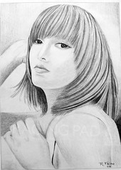 DSC01324 Loneliness (Rodolfo Frino) Tags: art artistic pencil workonpaper pencilwork drawing rendering modernart portraitofawoman illustration monochome bw