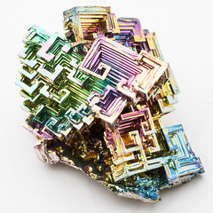 Bismuth - 9 (Traveller_40) Tags: bismut bismuth chrystal elchd500 elinchrom formen homeshooting homestudio hopper hoppermetal iridescence kristallisation litemotiv120 macro macrolicious makro maro mineralientage prime primelense studio studioblitz wismut wismuth bright close closeup colorfull geometrischer indoor iridescent metal up whitebackground