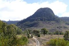 Looking towards Wedding Cake Mountain (The Pocket Rocket) Tags: warrumbunglenationalpark weddingcakemountain sidingspringobservatory nsw australia