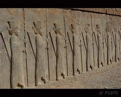 Llancers guardians (PCB75) Tags: viatge iran 2016 perspolis shiraz fars arqueologia  laciutatpersa  tajteyamshid aquemnida pulwar kur kyrus dariusi alexandremagne