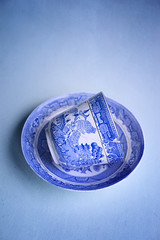 blue cup (borealnz) Tags: cup blue willowpattern saucer chip broken damaged pieces mended