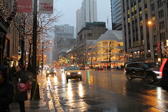 Snow On Michigan Avenue (Flint Foto Factory) Tags: chicago illinois urban city winter december 2016 downtown magnificent mile michiganavenue michigan ave shopping district snow fall wet street reflection taxi cab