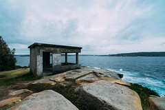 Hornby Lighthouse Lookout (haoguoju) Tags: australia nsw newsouthwales sydney summer landscape outdoor a7m2 a7 sony sonya7markii sonyilce7m2 fe beach light shadow cloudy campcove hut watsonsbay cityview seascape water sea cityscape hornby ladybay rock fe1635mmf4zaoss sonyzeissfe1635mmf4zaoss zeiss longexposure 1635mm lookout cliff 16mm