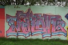 graf230901 - 6 (Ruhrgebiets Farben) Tags: graffiti 2002 b224 essen hall fame