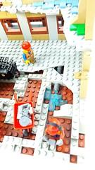 LEGO Building/Demolition Site with 60076 (MOC / MOD, Baustelle) (SunnyNightFever) Tags: house mod lego modular creator expert moc legohouse legocreator legomoc legomodular legoexpert legomod legohousemoc legomodularhouse legomodularmoc legomodularmod