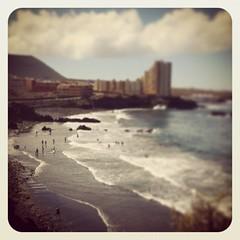 Otro de los secretos de la Isla Baja... La Playa de Agua Dulce de Los Silos. El run run de las olas... las sensaciones del salitre .. el tácto de la arena.