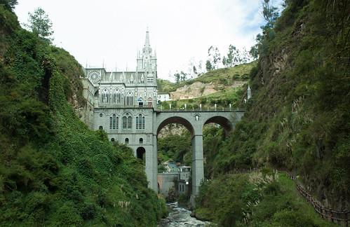 Santuario de las lajas - Templo 2