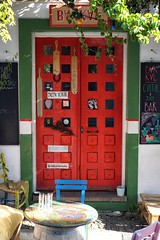 Bakkal (cnbybl) Tags: street door 35mm turkey sony bozcaada emount sel35