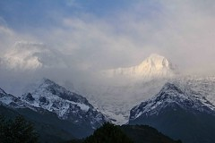 Birethanti To Ghandruk 30 (Mabacam) Tags: nepal cloud foothills snow mountains trekking walking landscape outdoors scenery hiking peaks annapurna 2015 ghandruk annapurnasouth hiunchuli ghandrung birethanti annapurnafoothills