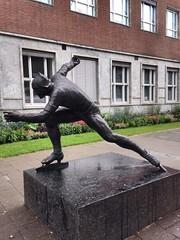 Trondheim (sandy howe) Tags: norway statue bronze trondheim speedskater