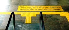 Evite acidentes (Rctk caRIOca) Tags: rio de janeiro copacabana
