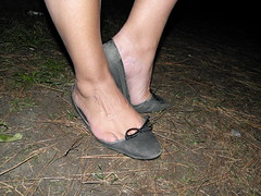 My model and her trashed flats 3 (luk742003) Tags: shoes toe flats cleavage piedi trashed ballerine heelpop heelpopping