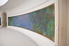 Wall of water lilies (Sven Rudolf Jan) Tags: paris france orangerie monet waterlilies gallery oval painting impressionism