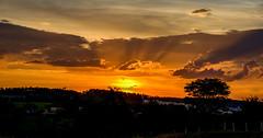 Por do Sol em Aparecida (VrPhotoArt) Tags: nikon d7000 aparecida baslica sigma 1750mm brasil so paulo