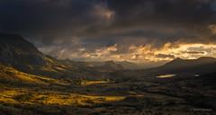 Silencio (AvideCai) Tags: avidecai paisaje montaña amanecer tamron2470 nubes cielo