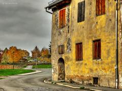Altes Haus (GerWi) Tags: huser kleinstadt gebude altbauten strasenzge strasen outdoor himmel museum hirschberg