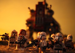 """Well, let's getting going before Anakin destroys all the Battle Droids."" (kevinmboots77) Tags: lego legography starwars clonetroopers obiwankenobi jedi atte sandbox"