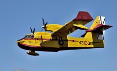 CL-215T  UD.13-30 (Andreu Anguera) Tags: cl215t ud1321 grupo43 4321 ejercitodelaire aerodromoderozas castroderei lugo andreuanguera
