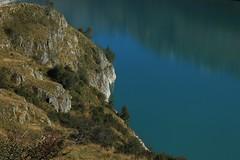 lac des Toules (bulbocode909) Tags: valais suisse bourgstpierre valdentremont lacdestoules lacs arbres nature montagnes vert bleu