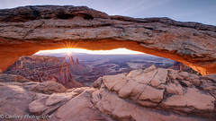 Sunrise (OJeffrey Photography) Tags: mesaarch sunrise starburst canyonlandsnationalpark canyonlands cnp redrocks arch ojeffreyphotography jeffowens nikon d800 pano panorama