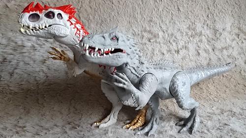 Jurassic World 2016 (Jurassic Park 4) Hasbro Dino Hybrid