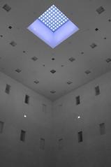 (Px4u by Team Cu29) Tags: stuttgart fenster blau beton schacht stadtbcherei stadtbibliothek glasbausteine oberlicht stahlbeton lichtschacht stadtbchereistuttgart yiarchitects stadtbibliothekstuttgart stadtbibliothekammailnderplatz