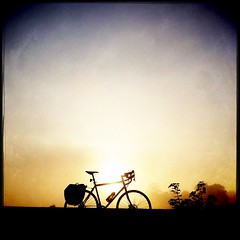 Kicking about Cramond, late summer (billyrosendale) Tags: summer bike bicycle cycling scotland edinburgh x biking planet latesummer cramond kaffenback