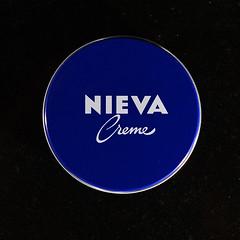 NIVEA - NIEVA (BZMFB) Tags: creme nivea crema nieva