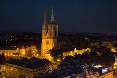 Zagreb - Zagrebaka katedrala (Aelo de la Krotsche) Tags: zagrebakakatedrala hrvatska croatia croatie zagreb zagrebbynight zagrebdenoche zagrebdenuit nuit nacht night noche zagrebeye zagrebeyeobservationdeck 360