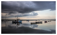 L1002644 (robert.french57) Tags: d26 barling creek barlinghall tide times silvermud boats river roach water bob robert french 57 leica m 240 sky weather blue reflection fish fishing