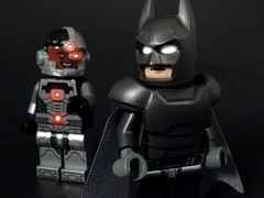 Nice Suit (MrKjito) Tags: lego minifig batman cyborg vs superman dawn justice dc comic comics cinematic universe super hero glow eyes red