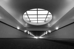 Rotterdam CS, Provenierstunnel (geniessen ) Tags: rotterdam provenierstunnelcsrotterdam provenierstunnel csrotterdam sonyilce6300 sonye1018mmf4oss architecture